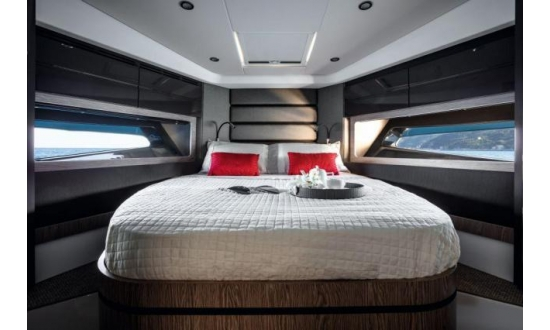 Fairline Forty image 9