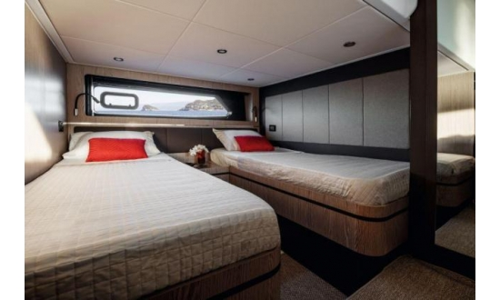 Fairline Forty image 12