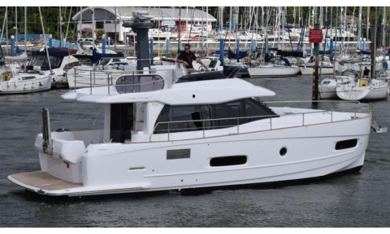 Arctic Blue 29 Sports RIB image 10