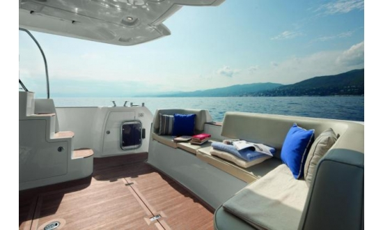 Arctic Blue 29 Sports RIB image 11