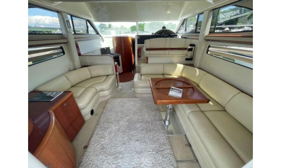 Fairline Forty image 5