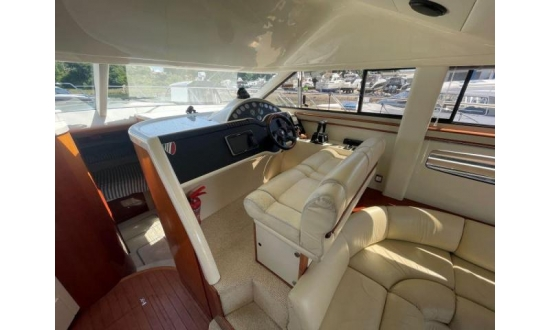 Fairline Forty image 8