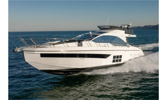 Sealine S43 with a berth in Antibes image 7