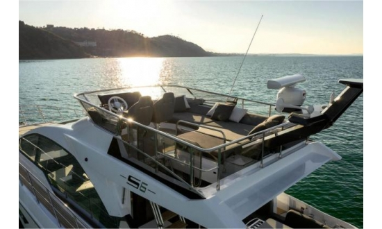 Sealine S43 with a berth in Antibes image 3