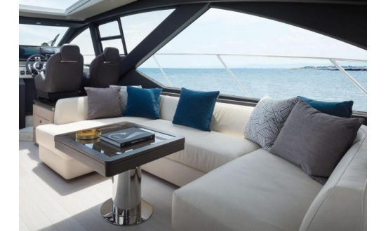 Sealine S43 with a berth in Antibes image 9